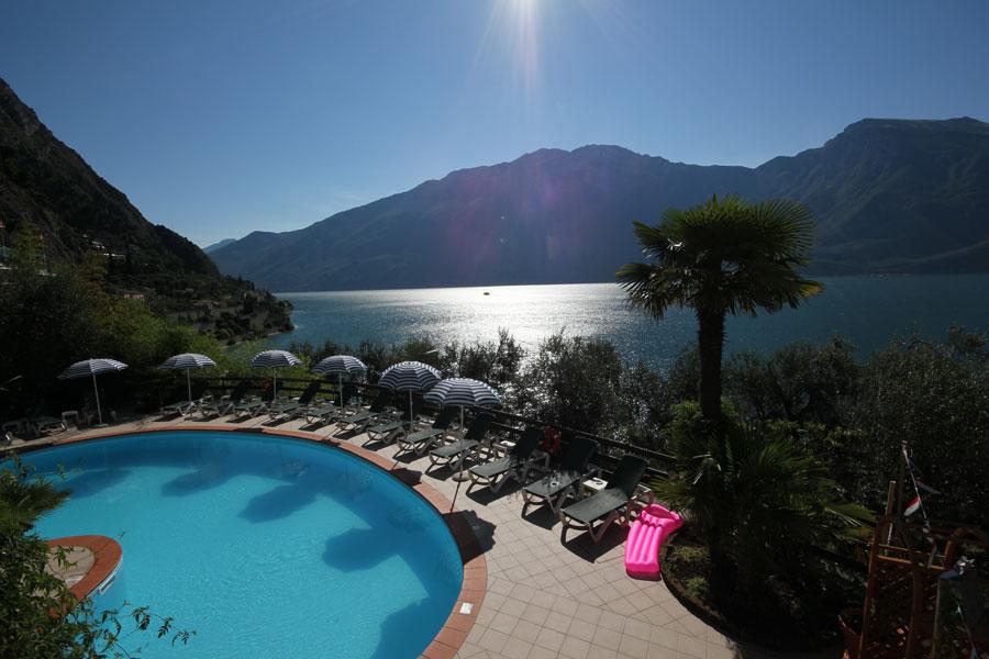 Hotel hotel augusta limone del garda hotel con piscina vista lago - Hotel manerba del garda con piscina ...